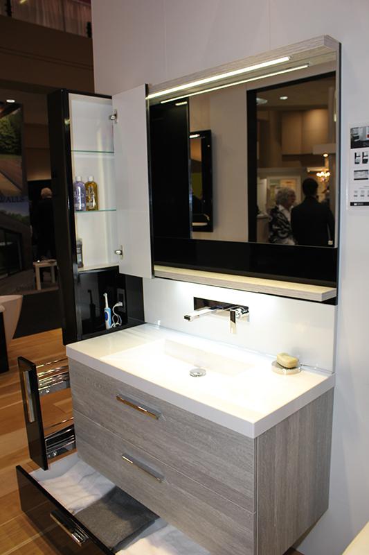 Elegant Bathroom Sink/Vanity/Mirror ...